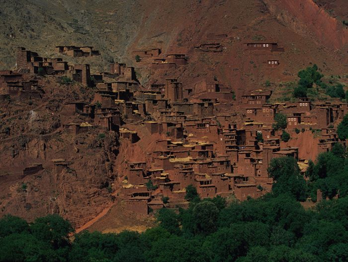 Image La vallée rouge de la Tessaout