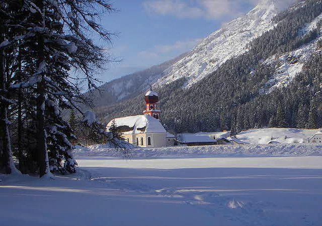 Image Tyrol et châteaux de Bavière en raquettes