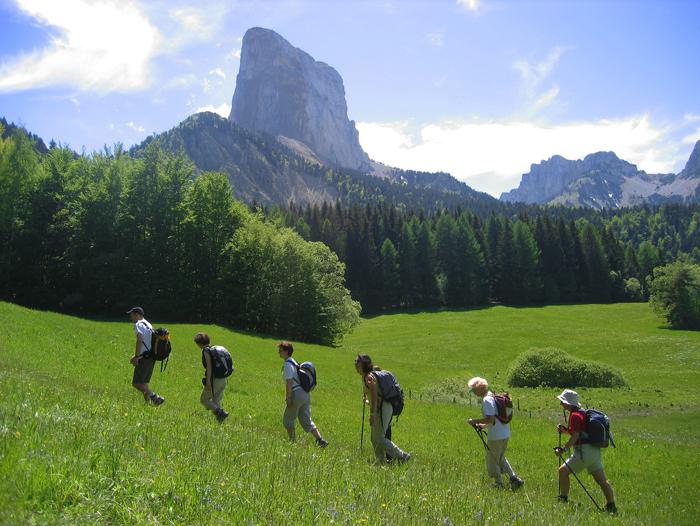 Image Vercors, tour des hauts Plateaux et du Mont Aiguille