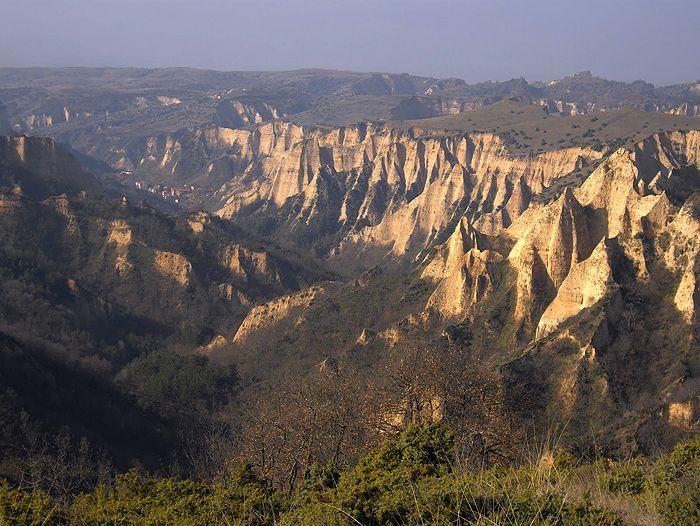 Image Monastères et montagnes des Balkans