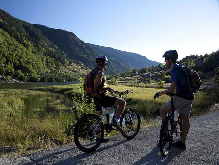 Voyage à thème : Vtt, randonnée, via ferrata et rafting, sous le soleil des Pyrénées espagnoles