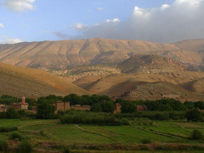 Voyage à pied : Vallée des Aït Bougmez et traditions berbères
