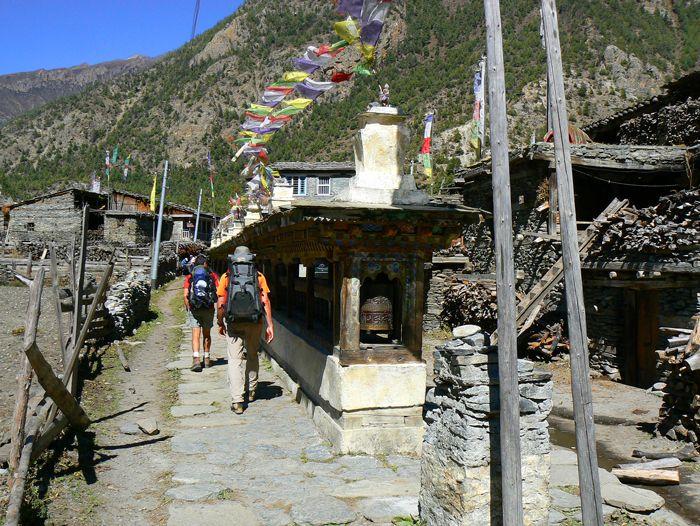 Voyage à pied : Grand tour des Annapurnas et lac Tilicho