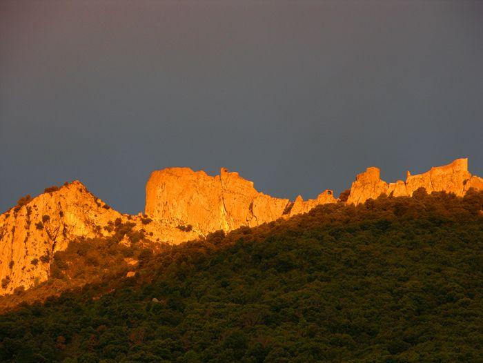 Voyage à thème : Pyrénéees : Randonnée châteaux cathares, de Quéribus à Quillan
