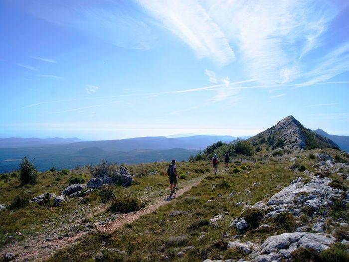 Voyage à pied : Randonnée en Provence, de C\'zanne à Pagnol