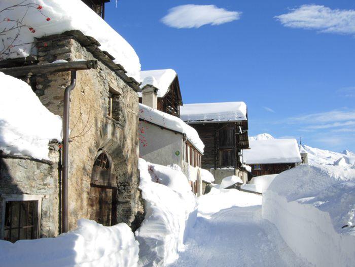 Voyage à la neige : Le Queyras en raquettes