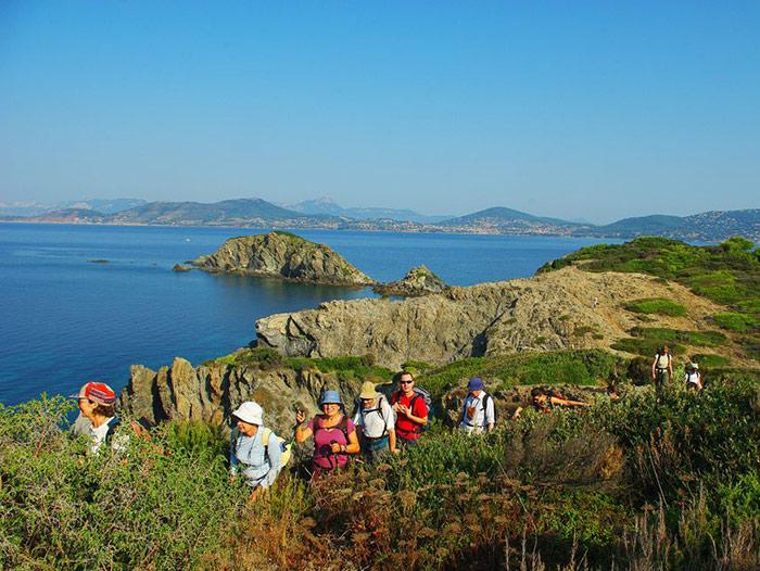 Voyage à pied : Nouvel An sur les Îles d\'Or