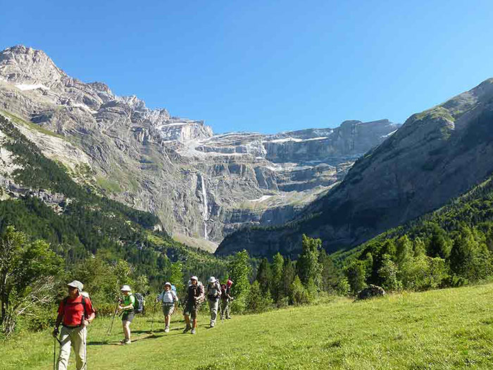 Voyage à pied : De Gavarnie aux Encantats (Grande Traversée des Pyrénées semaine 2)