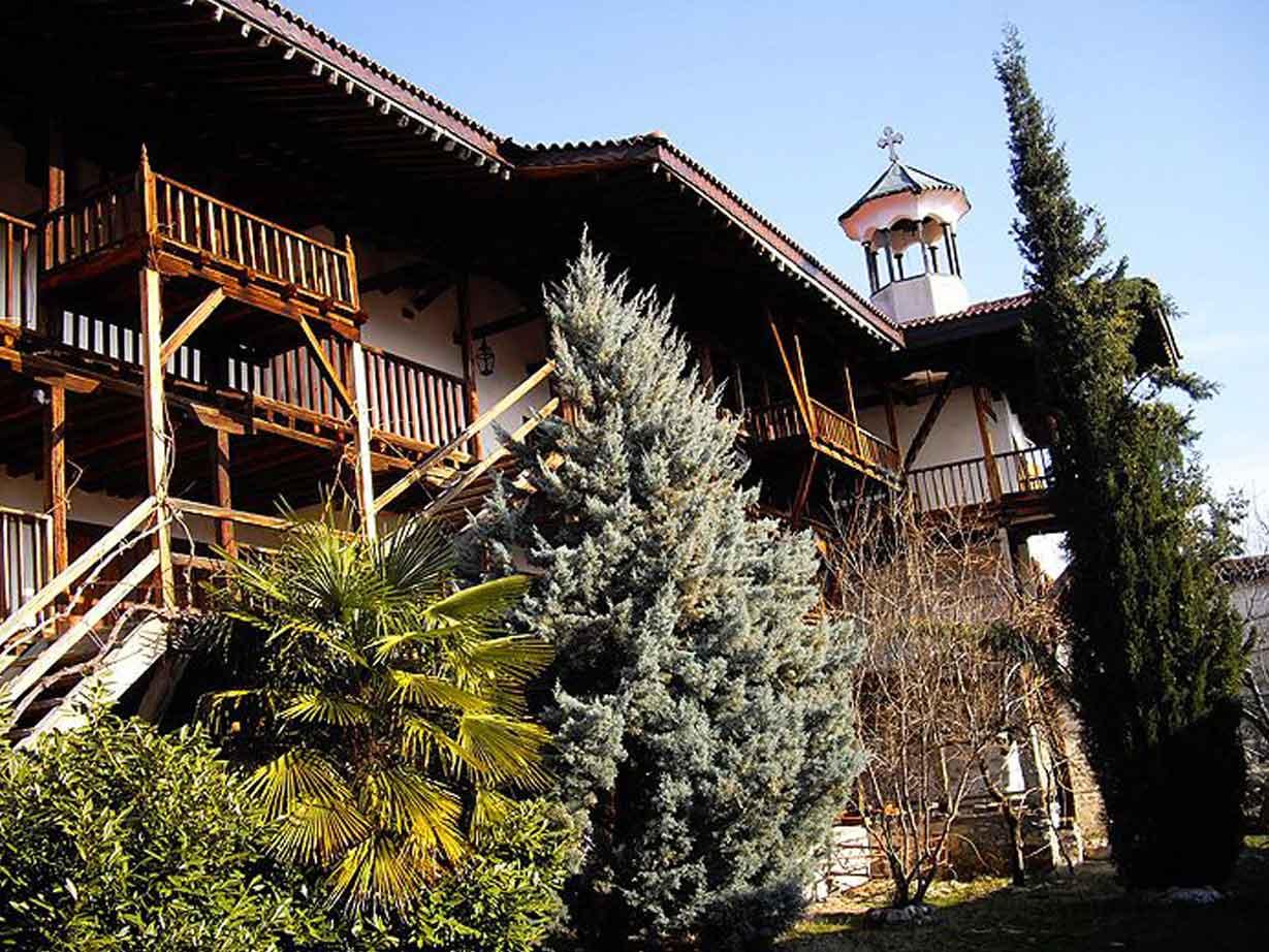 Voyage à pied : Monastères et montagnes des Balkans