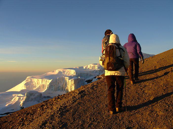 Voyage avec des animaux : Tanzanie : Ascension Kilimandjaro, safaris et randonnées en terres Masaï