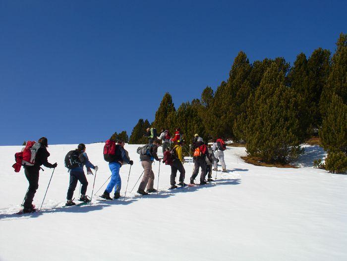 Voyage à la neige : Val d\'Aran et Montgarri, Nouvel An traditionnel en raquettes.