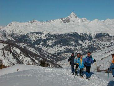 Voyage à la neige : Les balcons du Queyras en raquettes
